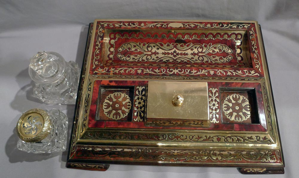 English antique George IV boulle tortoiseshell and inlaid brass ( boulle) inkstand or ecrier.
