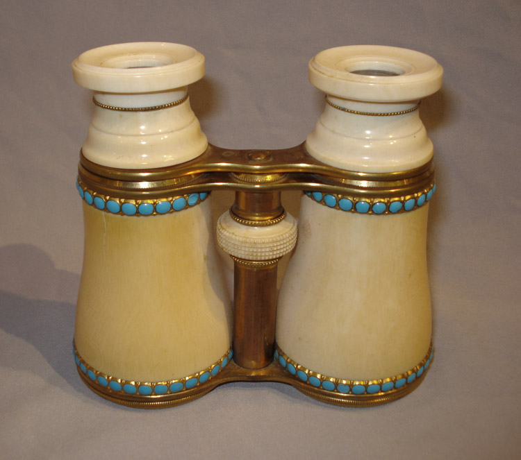 Fine pair of late 19th century opera glasses in ivory, turquoise and gilt bronze.