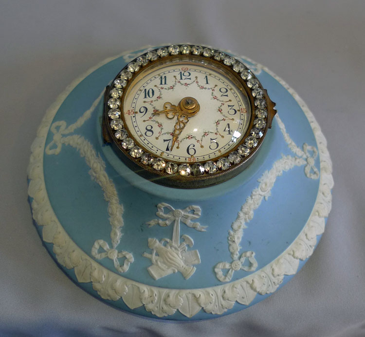 Antique Wedgwood wall clock with brilliants.