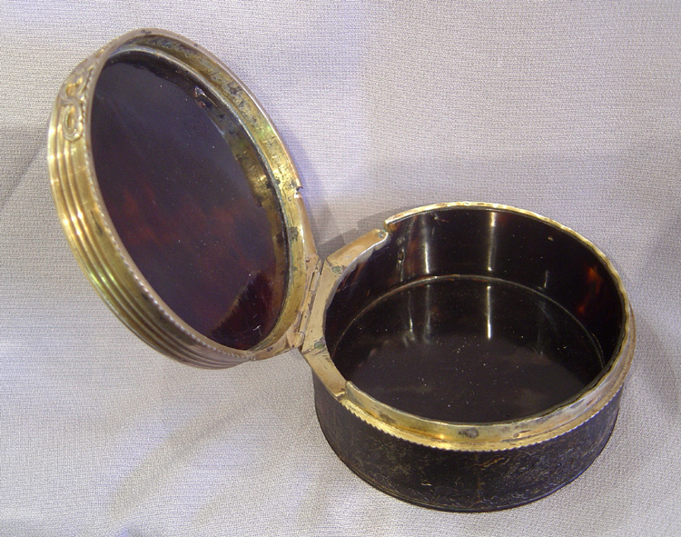 English antique 18th century silver gilt and tortoiseshell chinese chippendale rococco circular box