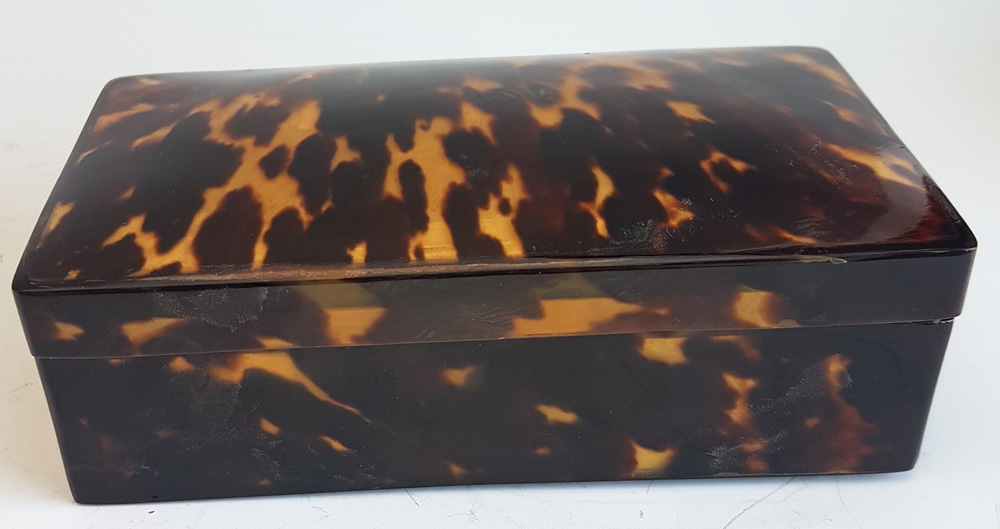Antique Tortoiseshell Satin lined Box