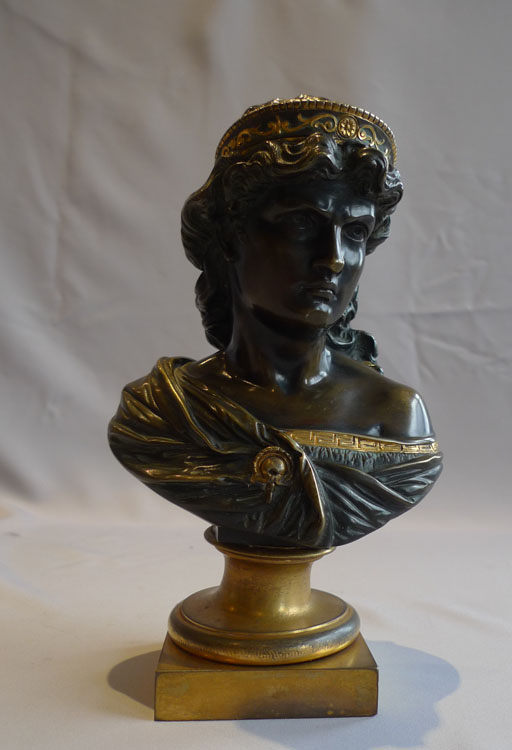 Antique bust of a classical woman in patinated bronze and ormolu.