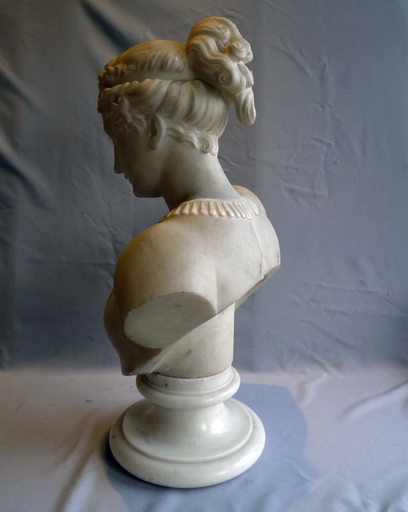 Good late 19th century marble of a neo classical lady signed F. Vichi.