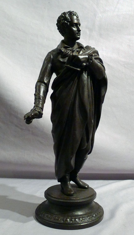 Antique sculpture of Byron in patinated bronze.