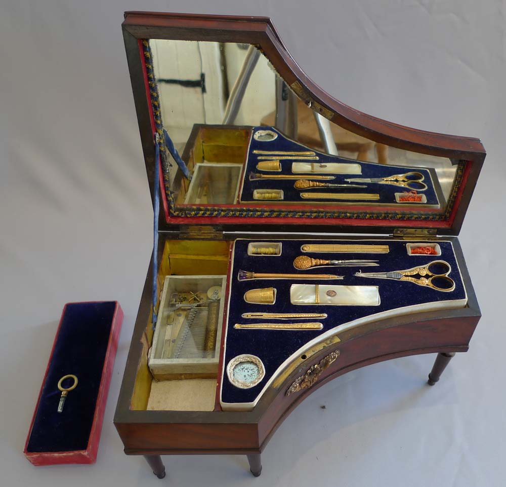 Palais royal musical box and necessaire in form of grand piano.