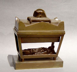 Antique French Grand Tour souvenir inkwell of Napoleons tomb