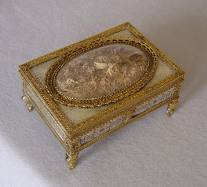 Superb Palais Royal engraved mother of pearl, gold, silver gilt and gilt bronze gaming chip casket.