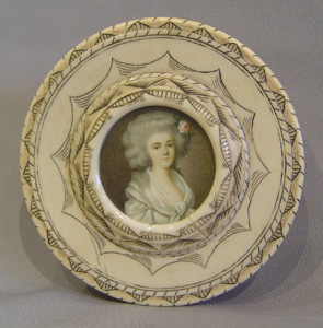 French late 18th century circular ivory box with watercolour on ivory to lid.
