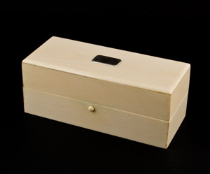Ivory antique box, heavy guage, English 19th century.