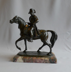 Napoleon Bonaparte antique bronze riding horse with marble base, early 19th century.