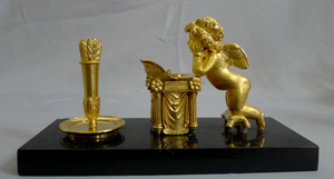Antique Thomas Weeks of Weeks's Museum Titchborne St ormolu and marble inkwell.
