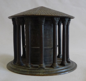 Antique Grand Tour Italian model of the Temple of Hercules in patinated bronze.