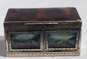 Antique gold, silver gilt and painted ivory panelled box with tortoiseshell, 18th century.