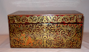 Antique English boulle casket ( red tortoiseshell and inlaid brass).