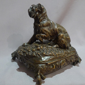 Antique bronze box with animalier dog by Prosper lecourtier.