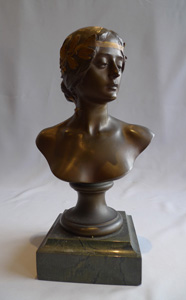 Antique Art Noveau bronze bust,  L'Histoire by Georges Bareau and F. Barbedienne foundry