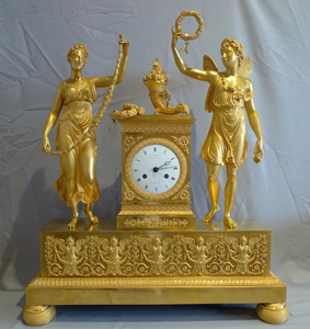 Antique French Empire clock of Psyche and Cupid signed by L.Ravrio bronzier a Paris and Mesnil Hr.