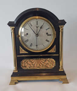 Antique English Regency striking bracket clock with centre seconds.