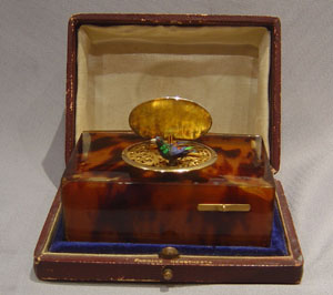 Fine antique blond tortoiseshell and silver gilt cased singing bird box by Bontems.