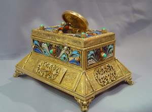 Large Swiss jewelled singing bird casket with drawer.