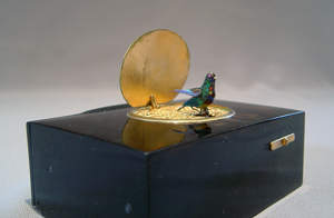 Bontems No 11 silver gilt and tortoiseshell singing bird box.