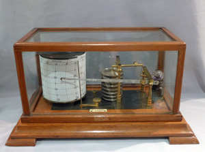 Oak cased Barograph signed M W Dunscombe Opticians Bristol.