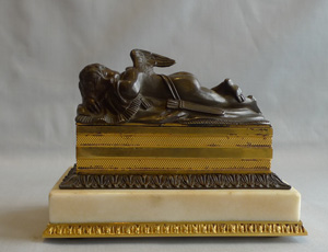 George III Neo-classical inkstand in ormolu, patinated bronze and statuary white marble.